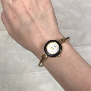 Citizen vintage black gold bracelet watch Japan